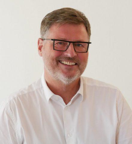 Dr. Rainer Eisel - Ihr Zahnarzt in Rodgau